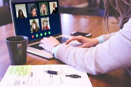 Des classes virtuelles, pas si virtuelles que ça !